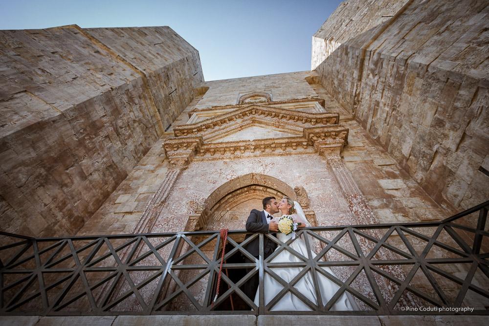 Fotografie di sposi a Castel del Monte