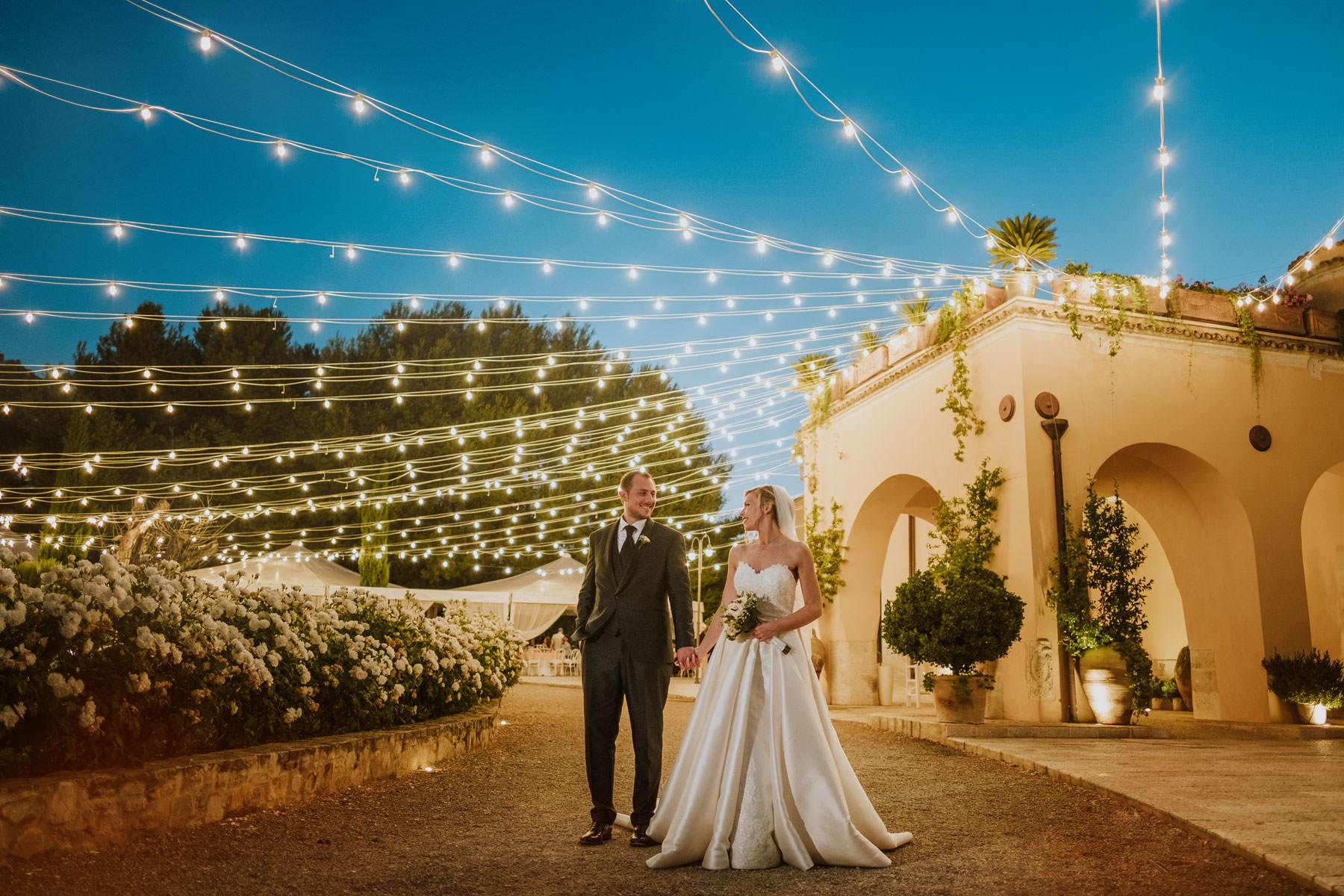 Fotografia serale di sposi a Masseria Pietrafitta di Foggia